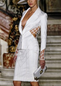 белый костюм 3