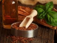Чем полезно льняное масло для здоровья и красоты