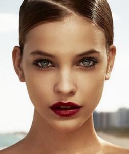 макияж с красной помадой_4