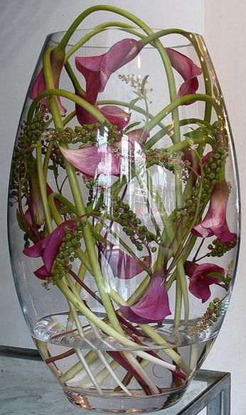 Флористика в стеклянном сосуде