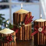 свечи с палочками корицы