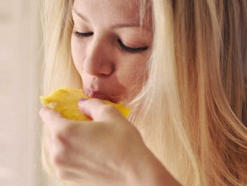 ешь ананас