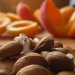 Витамин В17 защищает от раковых заболеваний