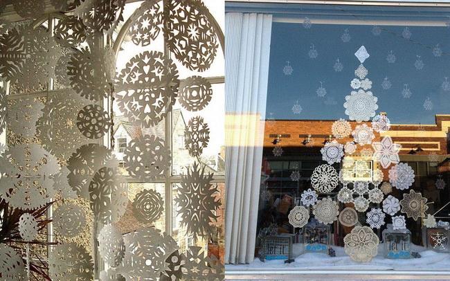 украшение окон снежинками