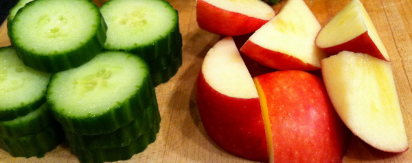 яблоки и огурцы против старения кожи