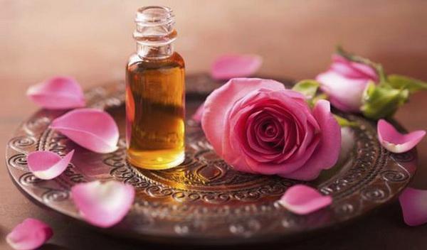 масло розы для запаха волос