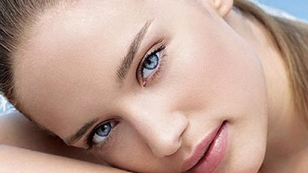 гладкая кожа вокруг глаз