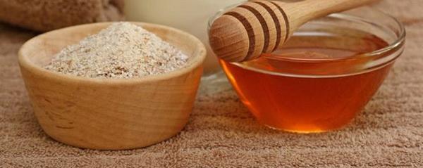 мед и овсянка против жирности кожи