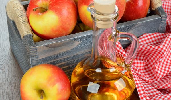 яблочный уксус для отбеливания зубов