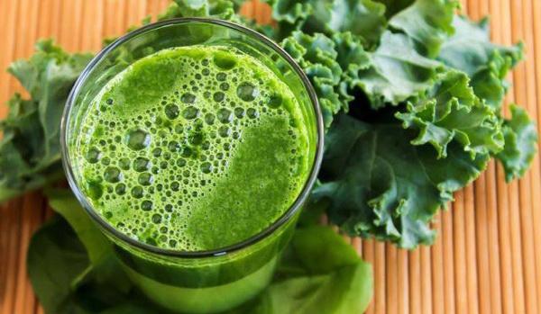 Сок из зеленой зелени